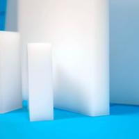 Plaques en plastiques hautes performances