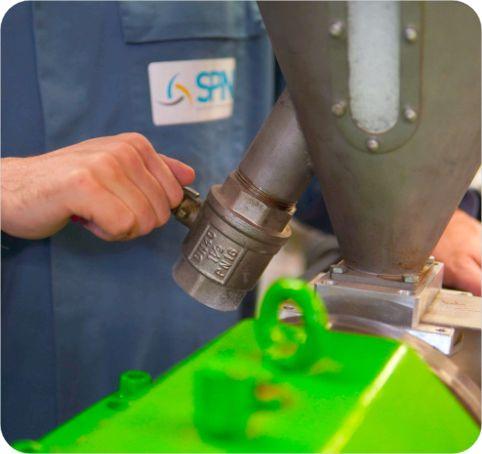 extrusionsfuge pctfe hochleistungskunststoff